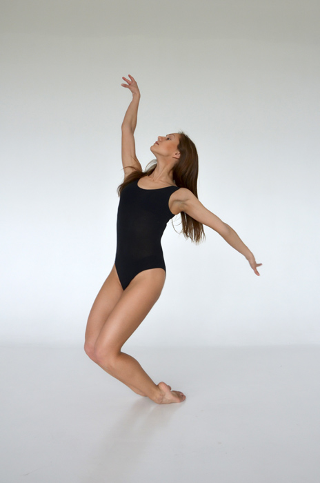 フリー 写真レオタード姿で踊る外国人女性