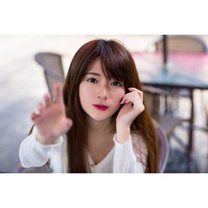 フリー写真, 人物, 女性, アジア人女性, 中国人, 欣欣(00001), タッチする, 頬に手を当てる