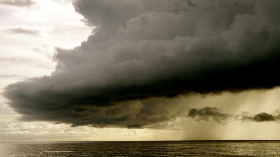 フリー 写真海と嵐の風景