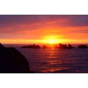 フリー写真, 風景, 自然, 夕日, 日の入り, 夕焼け, 夕暮れ(夕方), 岩, 海