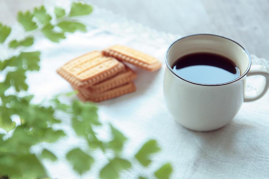 フリー写真 コーヒーとビスケット