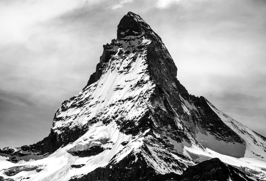 フリー 写真マッターホルンの山頂風景