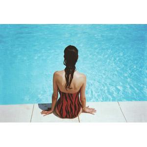 フリー写真, 人物, 女性, 外国人女性, 後ろ姿, プール, 水着, 夏