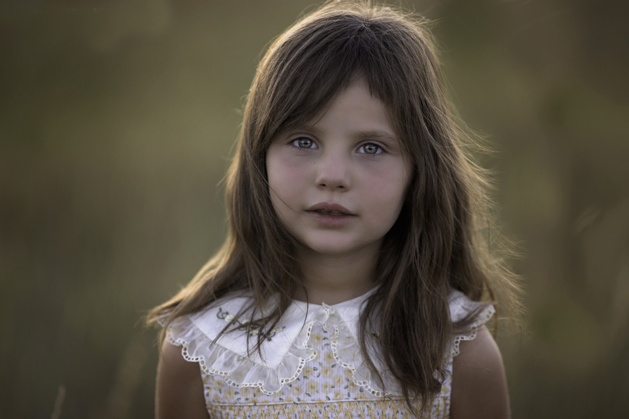 フリー 写真外国人の女の子のポートレイト