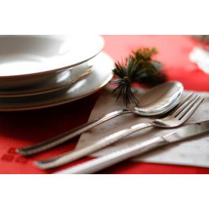 フリー写真, 食器, お皿, スプーン, フォーク, テーブルナイフ