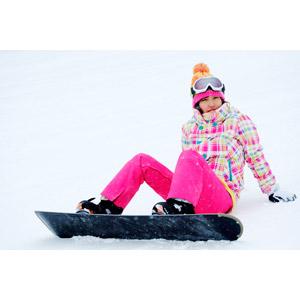 フリー写真, 人物, 女性, アジア人女性, 日本人, 女性(00043), スポーツ, ウィンタースポーツ, スノーボード(スノボー), 冬, レジャー, スノーボーダー, ニット帽, スノーゴーグル