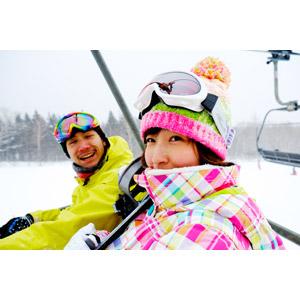 フリー写真, 人物, カップル, 恋人, 日本人, 女性(00043), 男性(00055), 冬, スキー場, レジャー, 雪, 二人