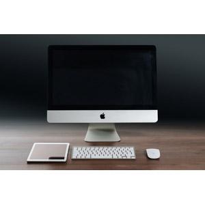 フリー写真, 家電機器, パソコン(PC), タブレットPC, アップル(Apple), iPad, iMac, 液晶ディスプレイ, ディスプレイ(モニタ), キーボード(PC), マウス