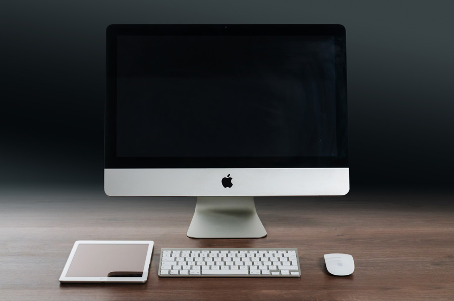 フリー写真 iMacとiPad