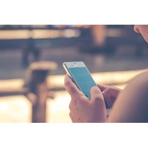 フリー写真, 人物, スマートフォン(スマホ), 携帯電話