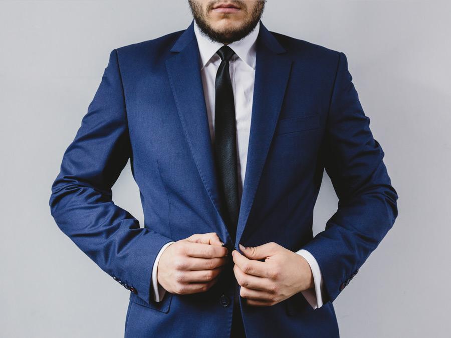 フリー写真 スーツを着る男性のポートレイト