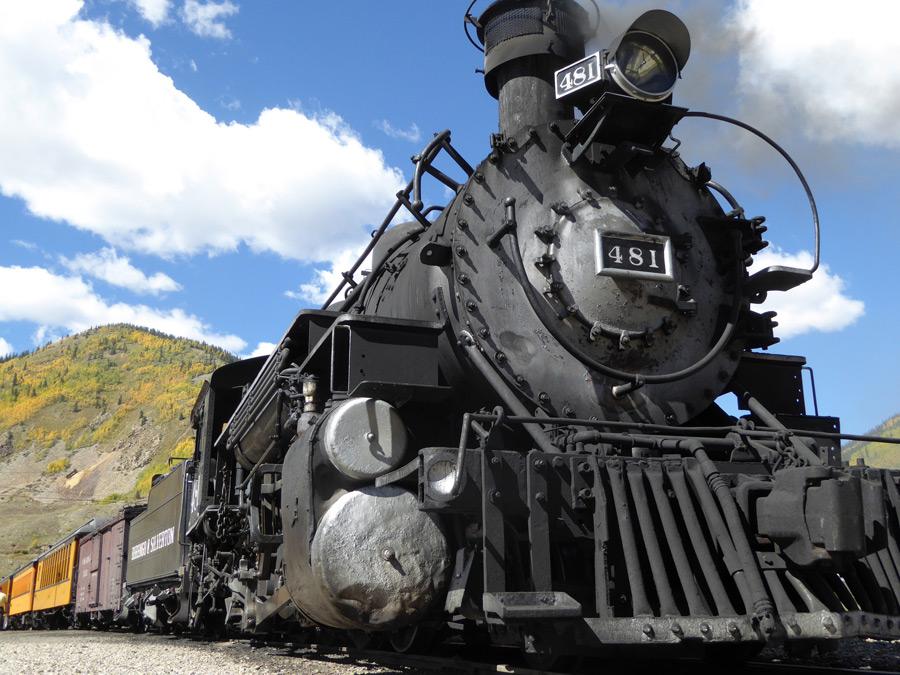 フリー写真 K-36型の蒸気機関車