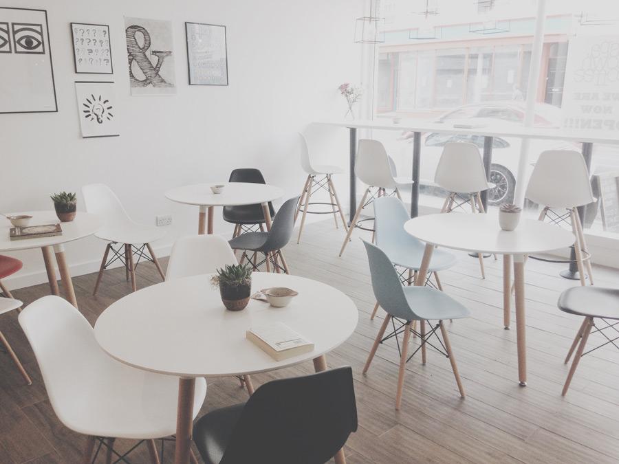 フリー写真 カフェの風景