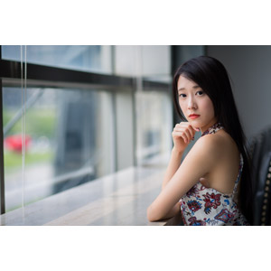 フリー写真, 人物, 女性, アジア人女性, 中国人, Neo Li(00040), 顎に指を当てる