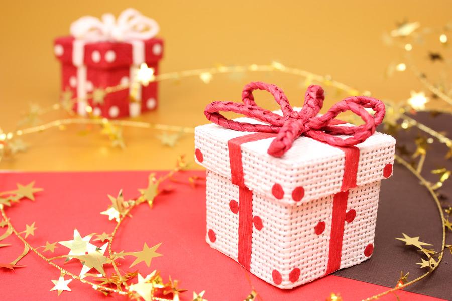 フリー写真 クリスマスプレゼント