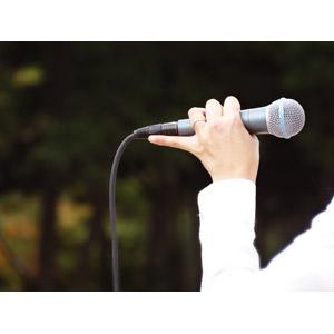 フリー写真, 人体, 手, マイク, 歌う, 音楽, 選挙, 演説, ライブ(コンサート)