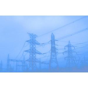 フリー写真, 風景, 建造物, 建築物, 鉄塔, 早朝, 霧(霞), 青色(ブルー)