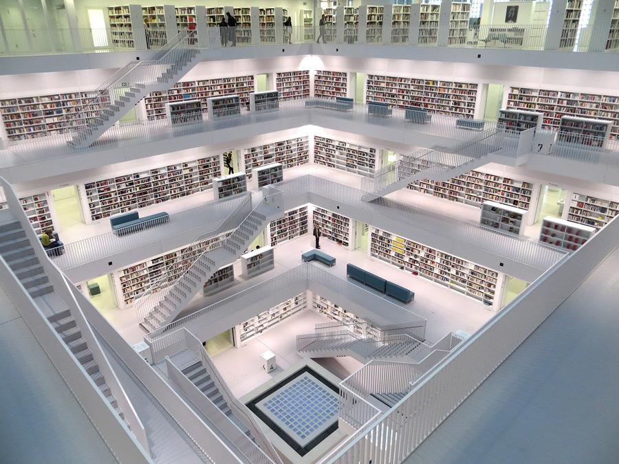 フリー写真 シュトゥットガルト市立図書館の風景