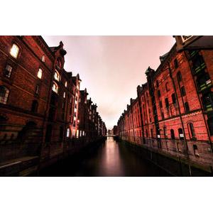 フリー写真, 風景, 建造物, 建築物, 街並み(町並み), 旧市街, 運河, ドイツの風景, 世界遺産, ハンブルク