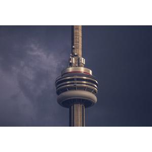 フリー写真, 風景, 建造物, 建築物, 塔(タワー), CNタワー, 暗雲, カナダの風景, トロント
