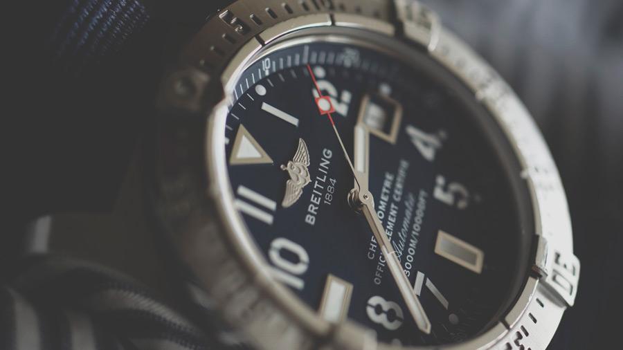 フリー写真 ブライトリングの腕時計