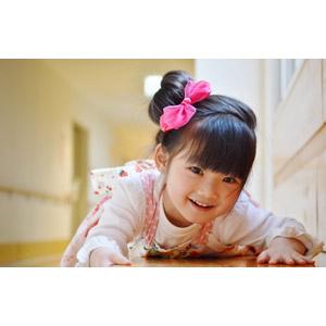 フリー写真, 人物, 子供, 女の子, アジアの女の子, 女の子(00035), 日本人, 突っ伏す