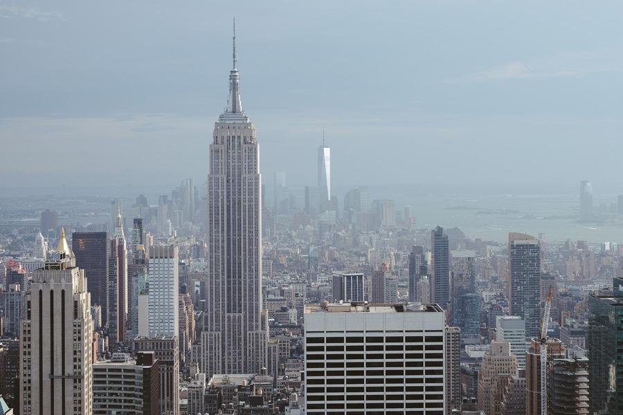 フリー写真 GEビルディングと1WTCのあるニューヨークの街並み