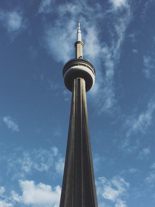 フリー写真 青空とCNタワー