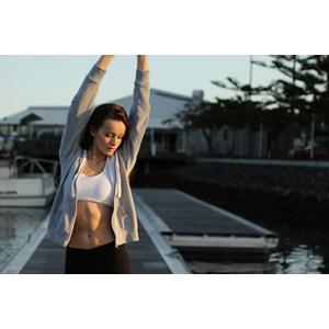 フリー写真, 人物, 女性, 外国人女性, 女性(00084), オーストラリア人, 運動, ストレッチ, 背伸び