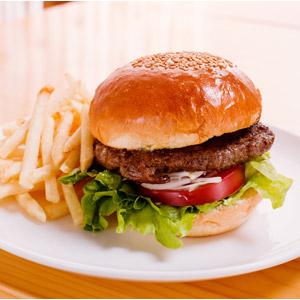 フリー写真, 食べ物(食料), 料理, パン, ハンバーガー, ファーストフード, 肉料理, アメリカ料理, フライドポテト, 揚げ物, 芋料理