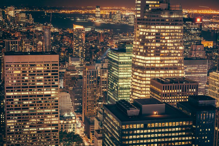 フリー写真 ニューヨークの街の夜景