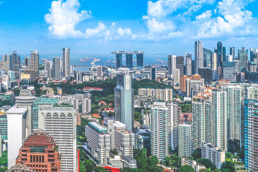 フリー写真 マリーナベイ・サンズとシンガポールの街並み