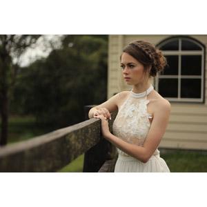 フリー写真, 人物, 女性, 外国人女性, オーストラリア人, 眺める, ドレス