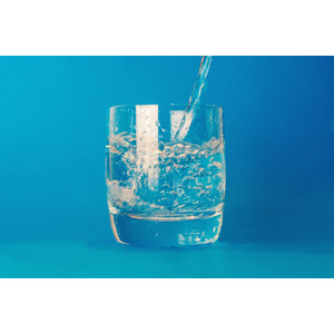 フリー写真, 飲み物(飲料), 飲料水, コップ, 青色(ブルー)