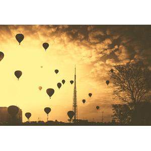 フリー写真, 風景, 建造物, 建築物, 塔(タワー), 乗り物, 熱気球, ブラジルの風景