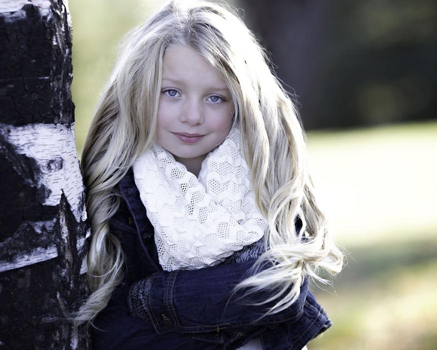 フリー写真 イギリスの女の子のポートレイト
