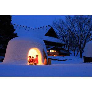 フリー写真, 風景, 雪, かまくら, 夜, 年中行事, 小正月, 日本の風景, 秋田県