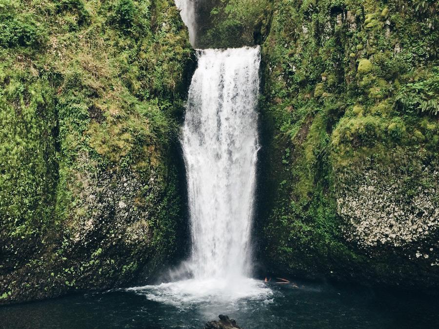 フリー写真 マルトノマ滝の風景