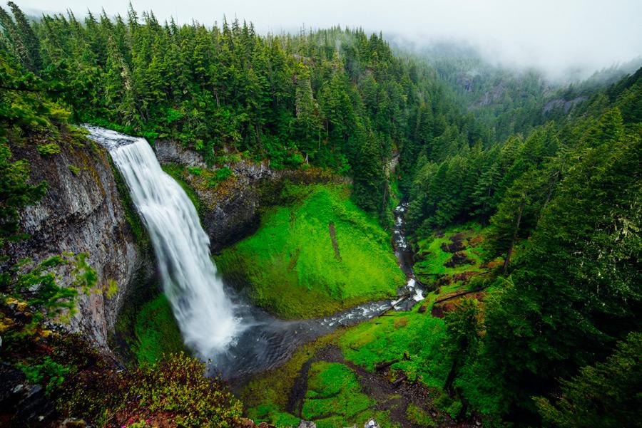 フリー写真 ソルト・クリーク滝の風景