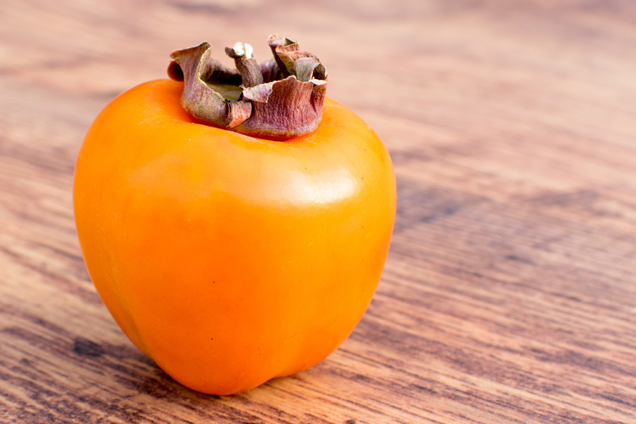 フリー写真 1個の柿
