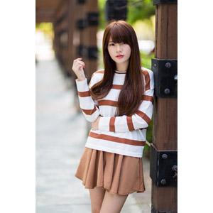 フリー写真, 人物, 女性, アジア人女性, 中国人, 欣欣(00001), Tシャツ, ミニスカート