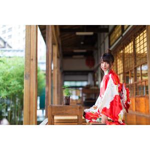 フリー写真, 人物, 女性, アジア人女性, 小花(00096), 中国人, 着物, 和服, 正座, 座る(床)
