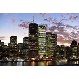 フリー写真, 風景, 建造物, 建築物, 高層ビル, 都市, 街並み(町並み), 夕暮れ(夕方), オーストラリアの風景, ブリスベン