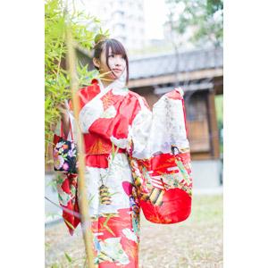 フリー写真, 人物, 女性, アジア人女性, 小花(00096), 中国人, 着物, 和服, 見上げる(上を向く)