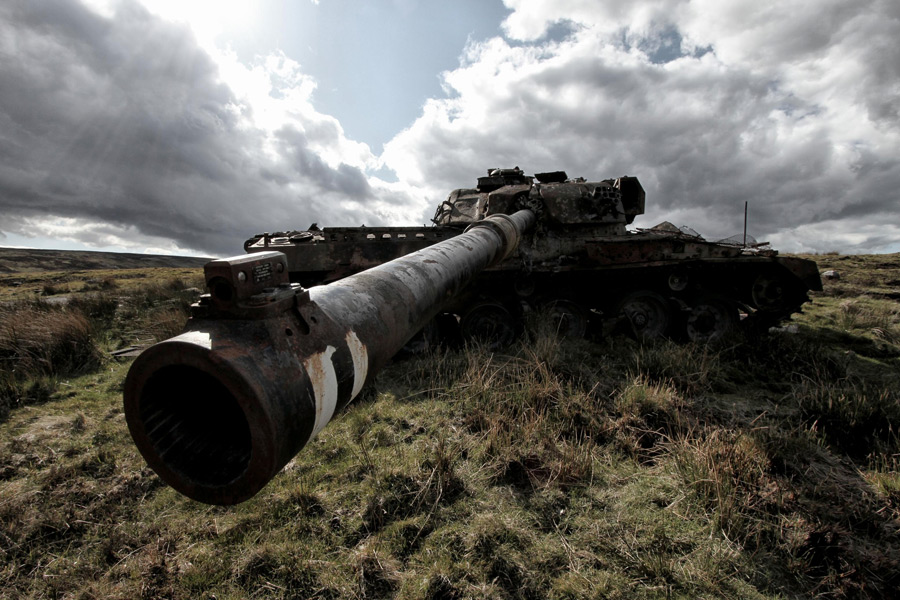 フリー写真 放置されたままの戦車