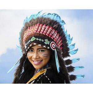 フリー写真, 人物, 女性, 外国人女性, インディアン, 羽根飾り(ウォーボンネット)