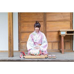 フリー写真, 人物, 女性, アジア人女性, 小花(00096), 中国人, 着物, 和服, 正座