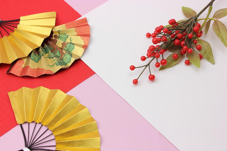 フリー写真 扇子と仙蓼のお正月の背景