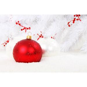 フリー写真, 年中行事, クリスマス, 12月, 冬, 雪, クリスマスボール