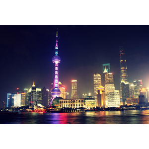 フリー写真, 風景, 建造物, 建築物, 都市, 街並み(町並み), 塔(タワー), 中国の風景, 上海市, 東方明珠電視塔, 夜, 夜景